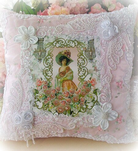Victorian Lady Pillows : Victorian Lady Accent Pillow