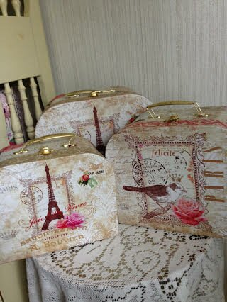 Paris Boutique 3 PC Suitcase Boxes